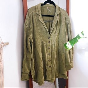 FREE PEOPLE // Small // Dark Green // Button Down